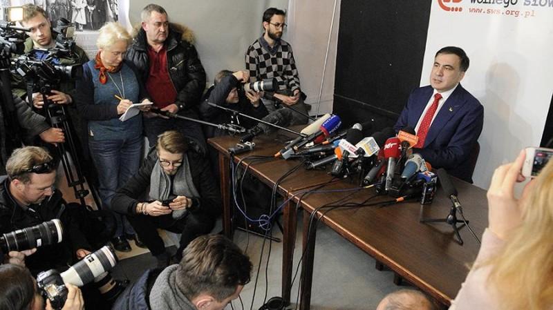 Саакашвили развалил Украину