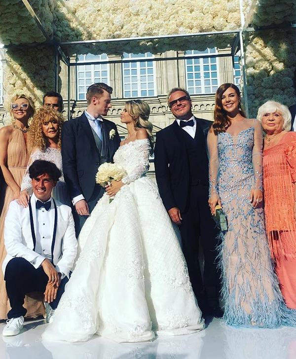 занимаюсь, как фото гостей на свадьбе никиты преснякова завод ферросплавов