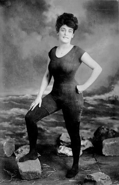 История купальника: что такое пристойность? история костюма,культура,купальник,купальный костюм,непристойность,нравственность
