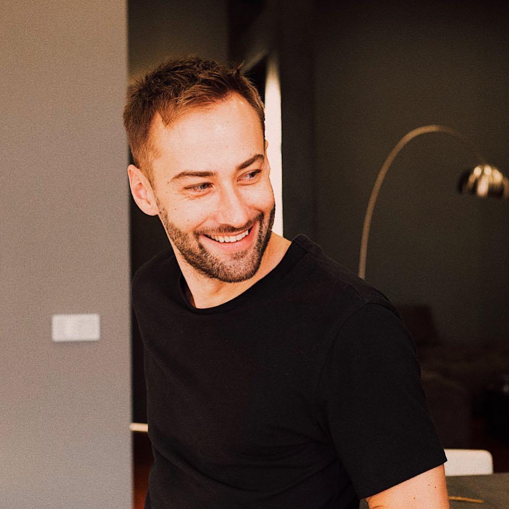 Дмитрий Шепелев съехался со …