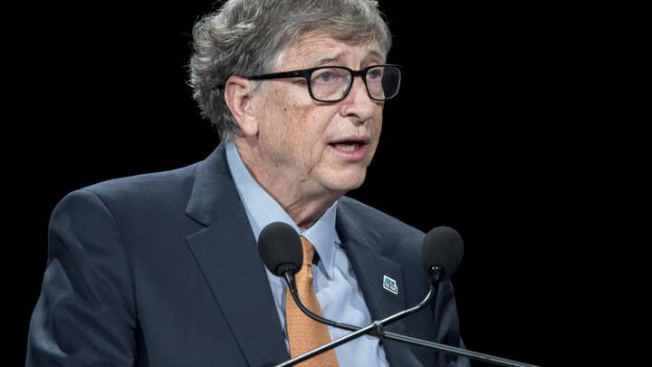 """Когда Билл Гейтс звонит, трубку берут лидеры всего мира. Так кто же """"собачка""""?"""