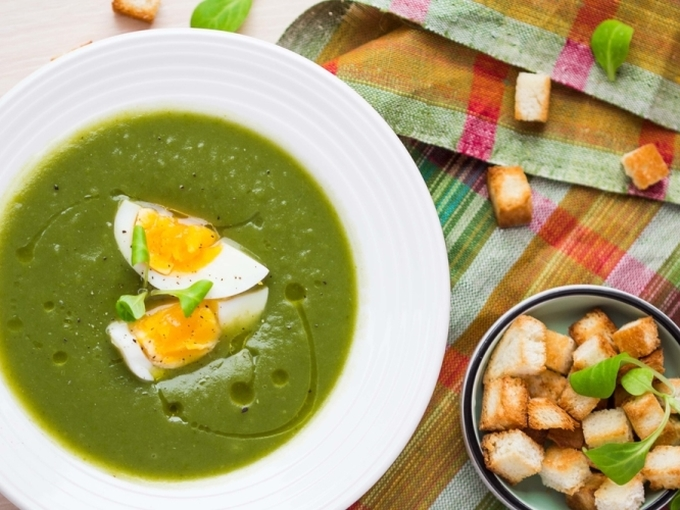 По-весеннему нарядный: крем-суп с черемшой - Smak.ua