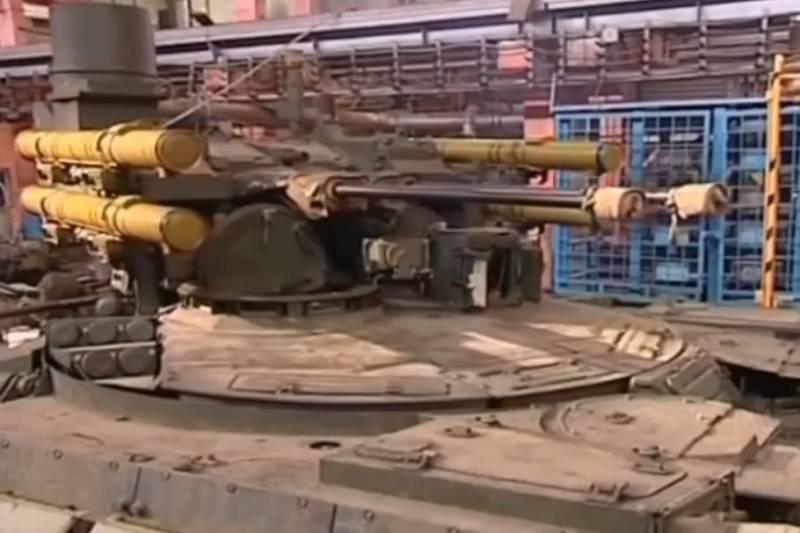 В России создают первые образцы тяжелого ударного робота «Штурм» оружие