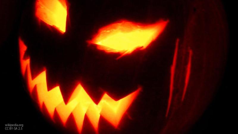 Собиравшую на Хеллоуин конфеты девочку подстрелили в Чикаго