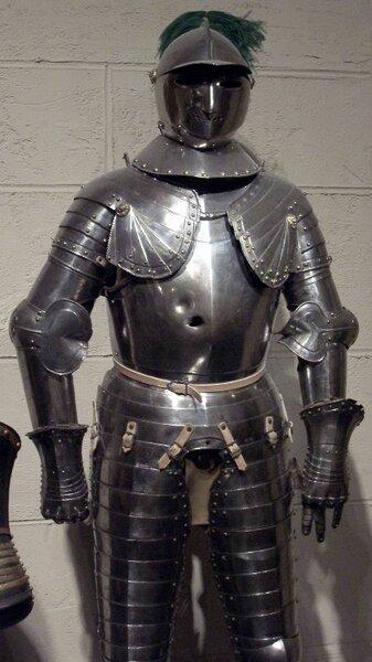 Простреленный доспех XV века
