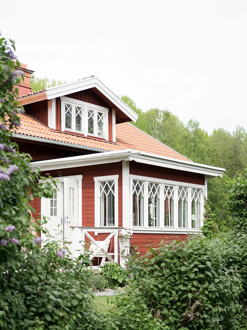 Всё сама: уютная дача в Швеции, которую хозяйка отреставрировала самостоятельно идеи для дома,интерьер и дизайн