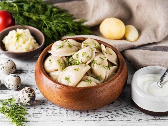 Вареники с картошкой — пошаговые рецепты в домашних условиях