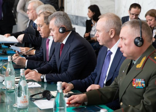 Шойгу напомнил, что США обещали приступить к восстановлению Ракки геополитика,сирия