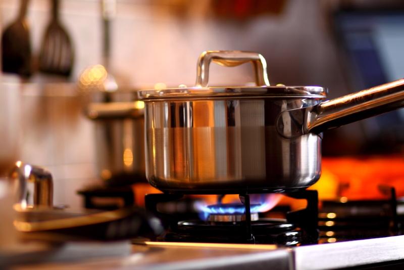 Почему не нужно совмещать кухню и гостиную
