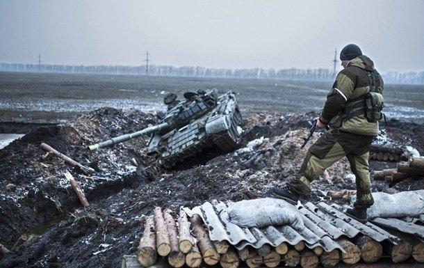 Нацики бежали быстрее генералов: прапорщик ВСУ раскрыл правду о «котле» под Дебальцевом