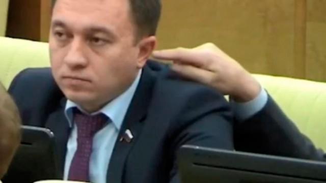 """«Население считает депутатов дармоедами»: почему людей раздражают их избранники"""""""