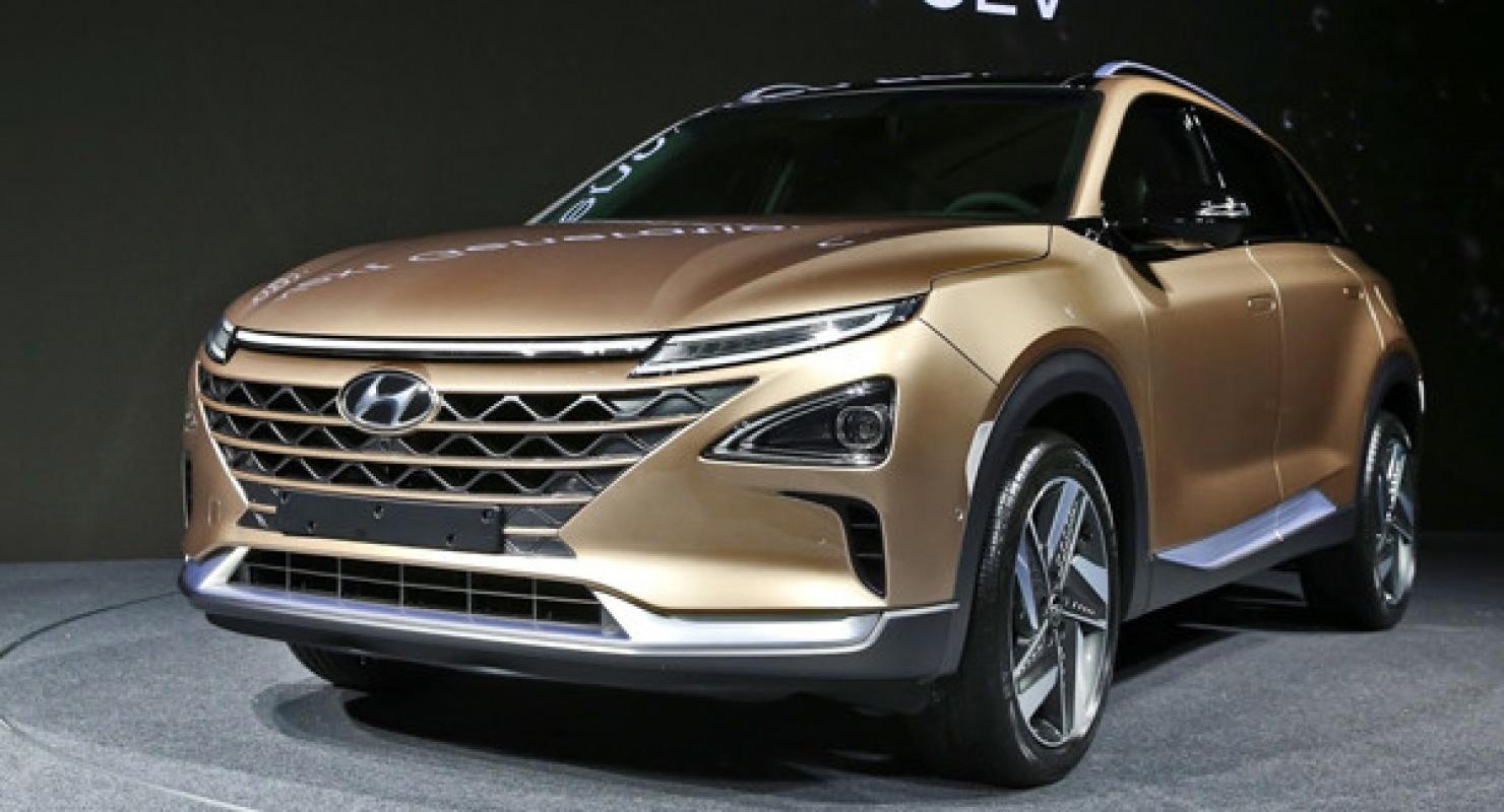 Незадолго до презентации самый дешевый кросс Hyundai переделали в спортивное авто — показан новый Casper N Автомобили