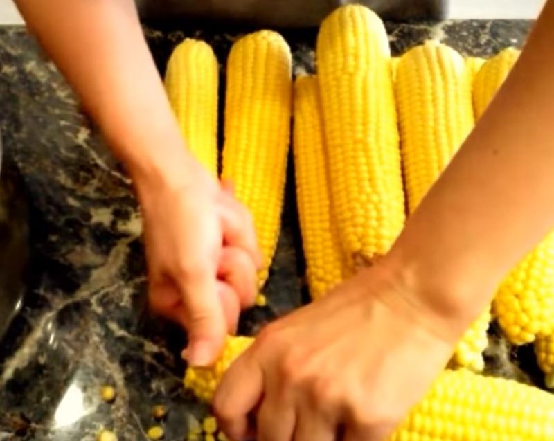 Как правильно заготовить кукурузу в банках на зиму