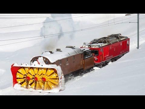 Поезда снегоуборщики