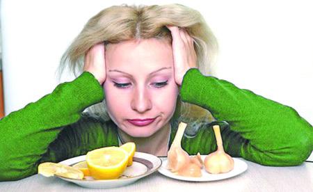 5 продуктов, которые следует исключить при простуде, и вот почему