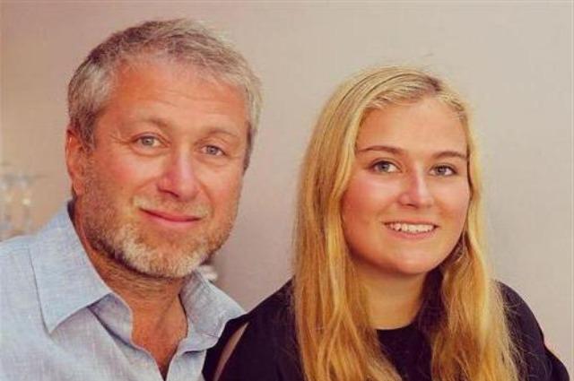 Дочь Романа Абрамовича Софья отдыхает вместе с возлюбленным Звездные дети