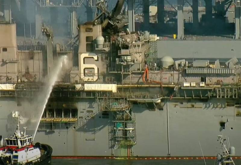 «Это были худшие часы для боевого корабля»: показаны повреждения USS Bonhomme Richard от пожара