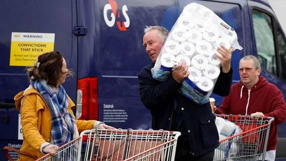 Потребительские расходы в Великобритании впервые в 2021 году превысили допандемийный уровень ИноСМИ
