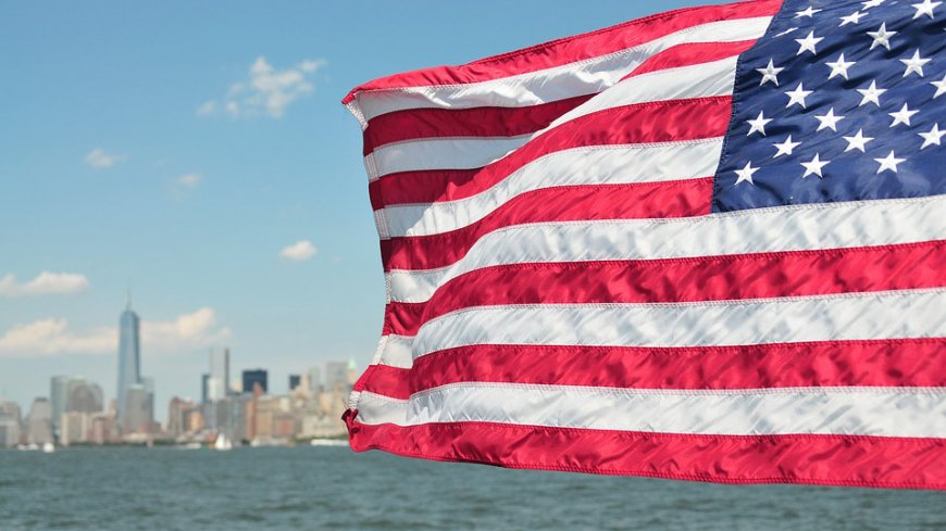 Александр Рар рассказал об отчаянии США из-за потери мирового влияния