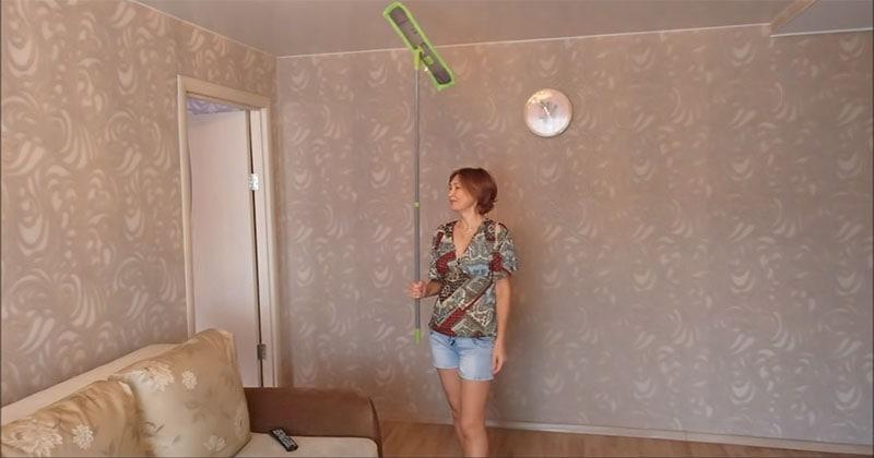 Простой способ мыть натяжные потолки. На раз, два, три