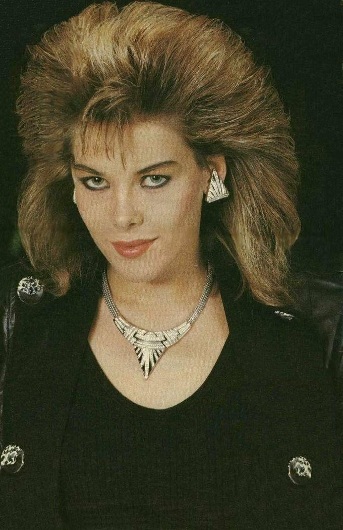 Сандра и C.C Catch: как сейчас выглядят популярные певицы 90-х певица, только, сейчас, Милен, прическа, популярных, возрастом, стиль, всегда, которая, самых, стала, признать, волосы, весьма, песни, макияж, остается, Сандра, выглядит