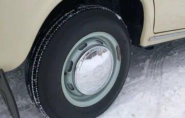 Каким образом во времена СССР водители ездили зимой на обычной резине и не попадали в ДТП авто и мото,прошлый век