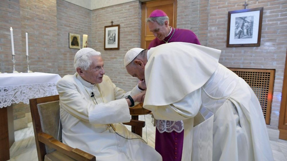 Римские папы и их жизнь: 14 фактов, о которых ты даже не догадывался