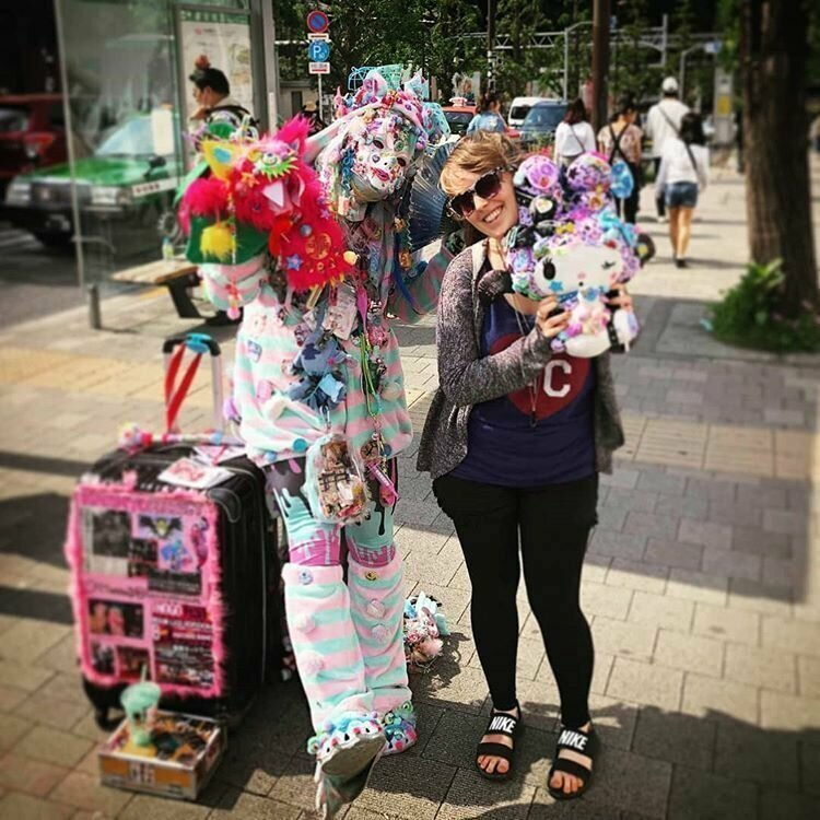 витражная фото странностей жизни в японии цвет смягчит