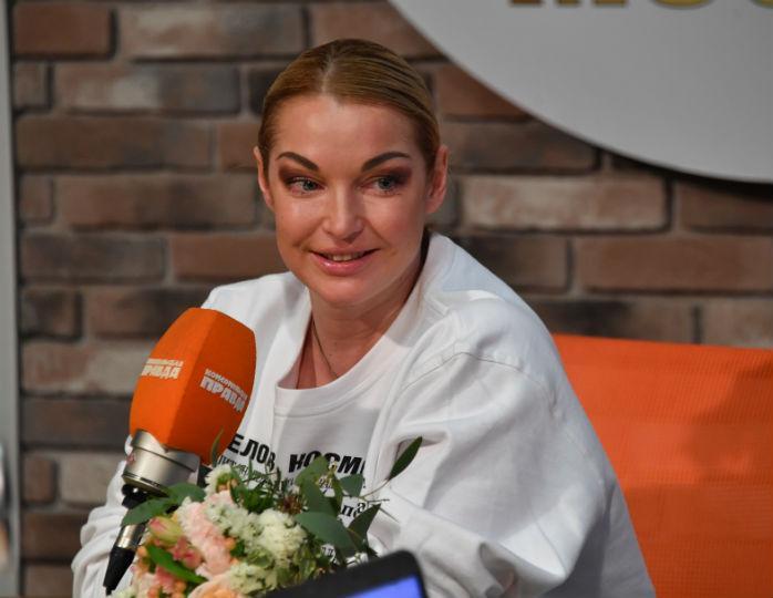 Минут 5 лет: Анастасия Волоч…