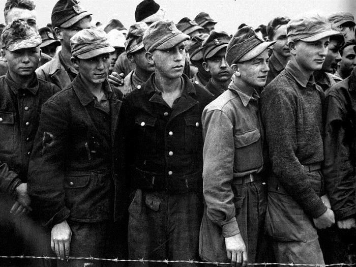 Гитлерюгенд в плену.