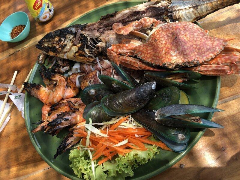 Обед в местном кафе азия, море, отдых, путешествие, пхукет, тайланд, экзотика