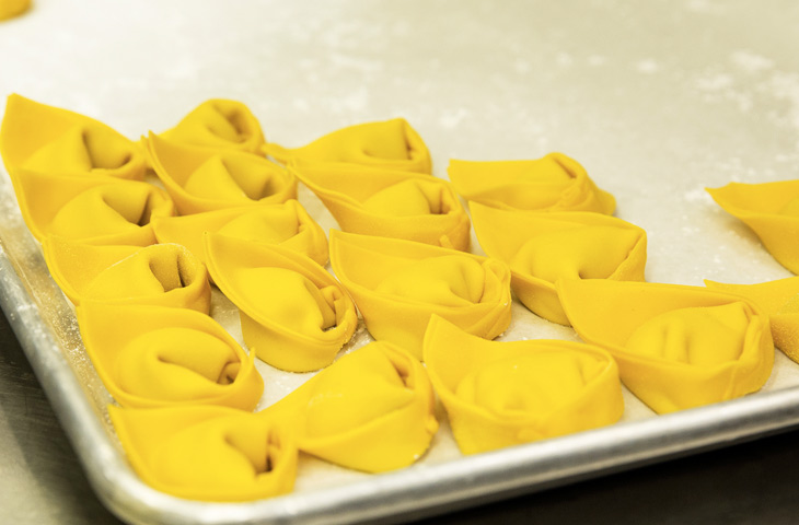 Как приготовить настоящие итальянские равиоли