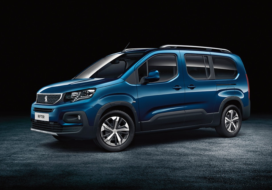Компания Peugeot сменила фур…