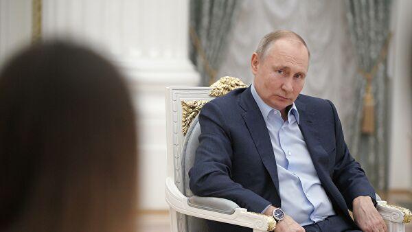 """Путин ответил на просьбу провести """"Прямую линию"""" в этом году пораньше Лента новостей"""