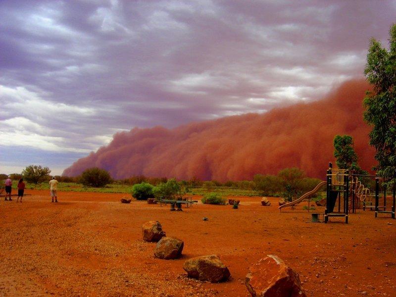 Песчаные бури: 30 эффектных снимков разгула стихии