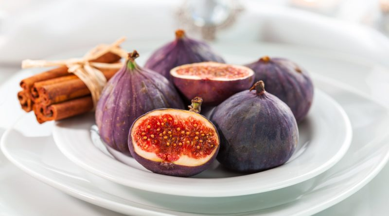 Польза инжира для детей и взрослых, а также 4 способа лечения с помощью вкусных плодов
