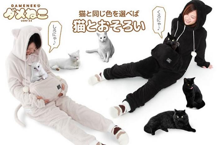 Эта пижама не только выглядит по-кошачьи: в ней есть специальный карман, предназначенный для домашнего любимца. Ведь котики так любят спать на животе у хозяина. Ограничение по весу – 6 кг. Не для владельцев мейн-кунов