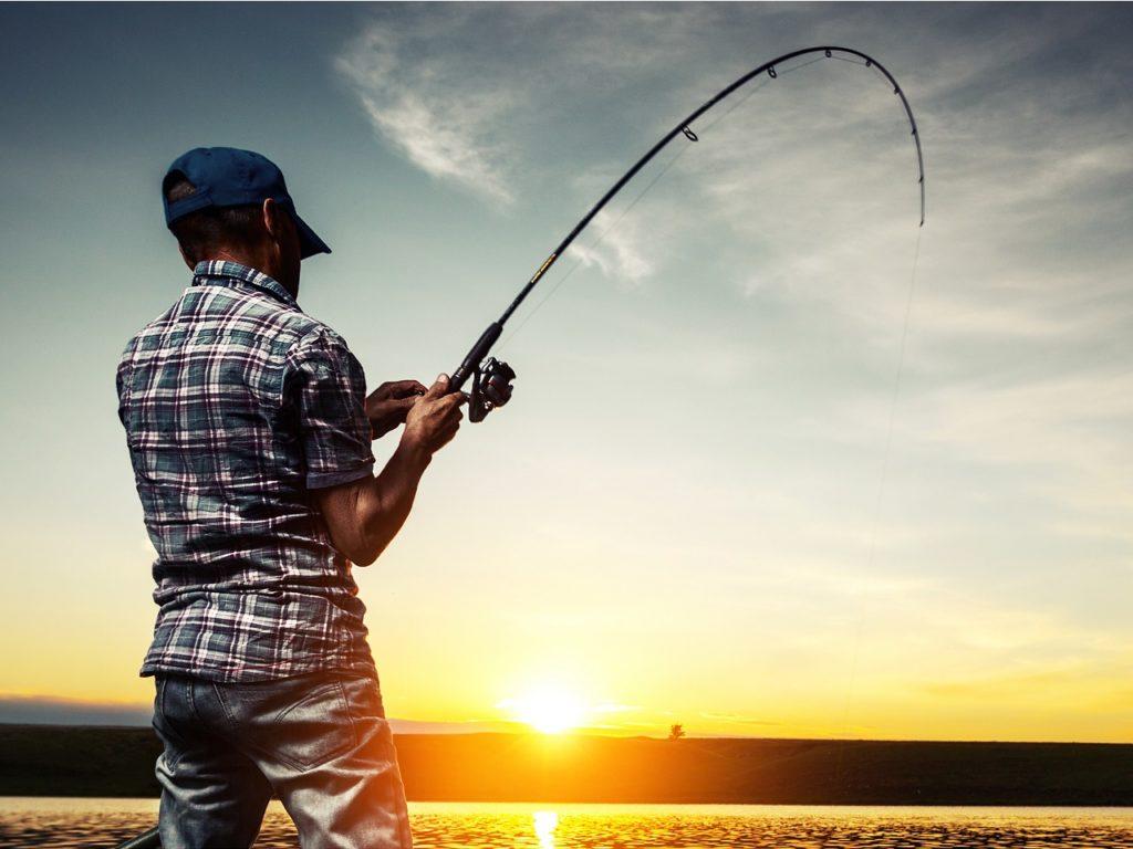 Почему Сережу не берут на рыбалку?