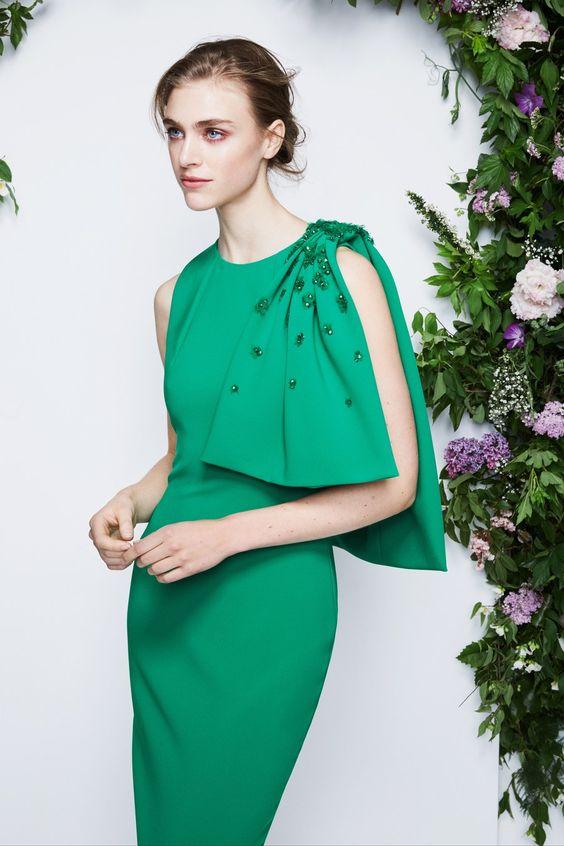 Стильное платье для новогоднего праздника