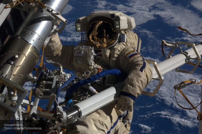 Угрозы экипажу на МКС никакой нет, сообщили в Роскосмосе