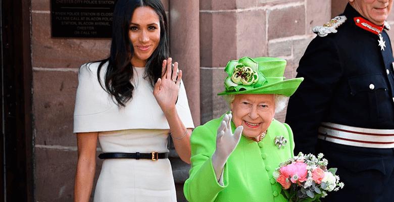 Королева Елизавета II сделала Меган выговор за внешний вид