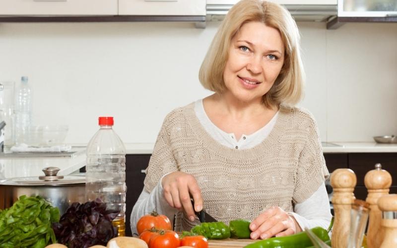 Как похудеть после 50 лет народными средствами