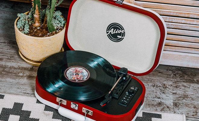 Виниловый проигрыватель Alive Audio Vintage