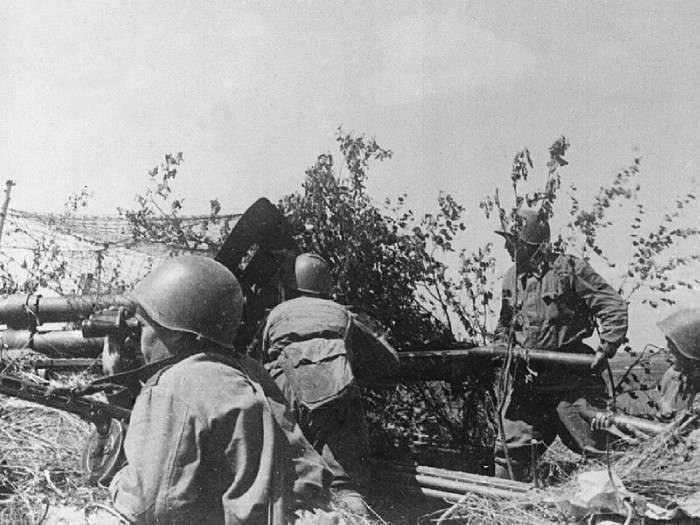 Битва батареи лейтенанта Родионова - уничтожено 29  фашистских танков за пол дня Великая Отечественная война,герой СССР,история,личности,СССР