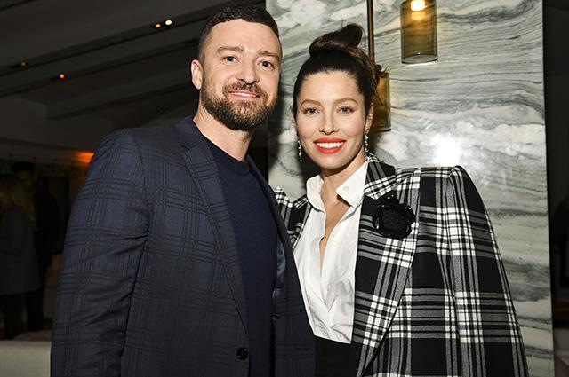 """Джастин Тимберлейк поддержал Джессику Бил на премьере третьего сезона сериала """"Грешница"""" в Западном Голливуде"""