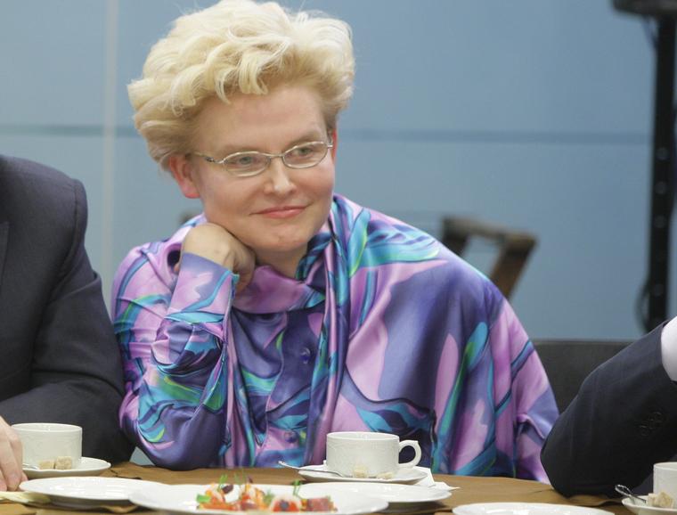 Россияне сидят на игле: Телеведущая Малышева назвала еду наркотиком малышева,общество,россияне