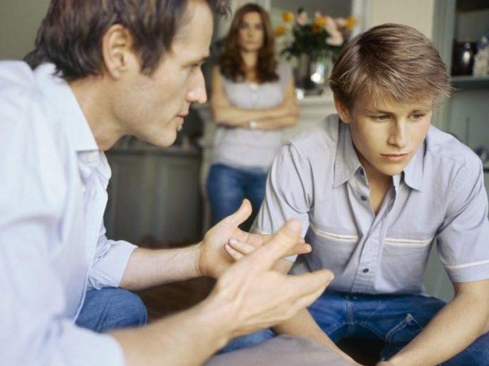 """Как не дать сыну """"покататься"""""""