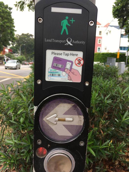 Не слишком большая трата, чтобы обезопасить людей. /Фото: i.pinimg.com