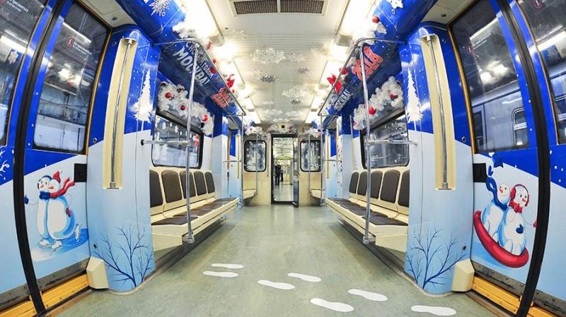 Второй новогодний поезд в Москве