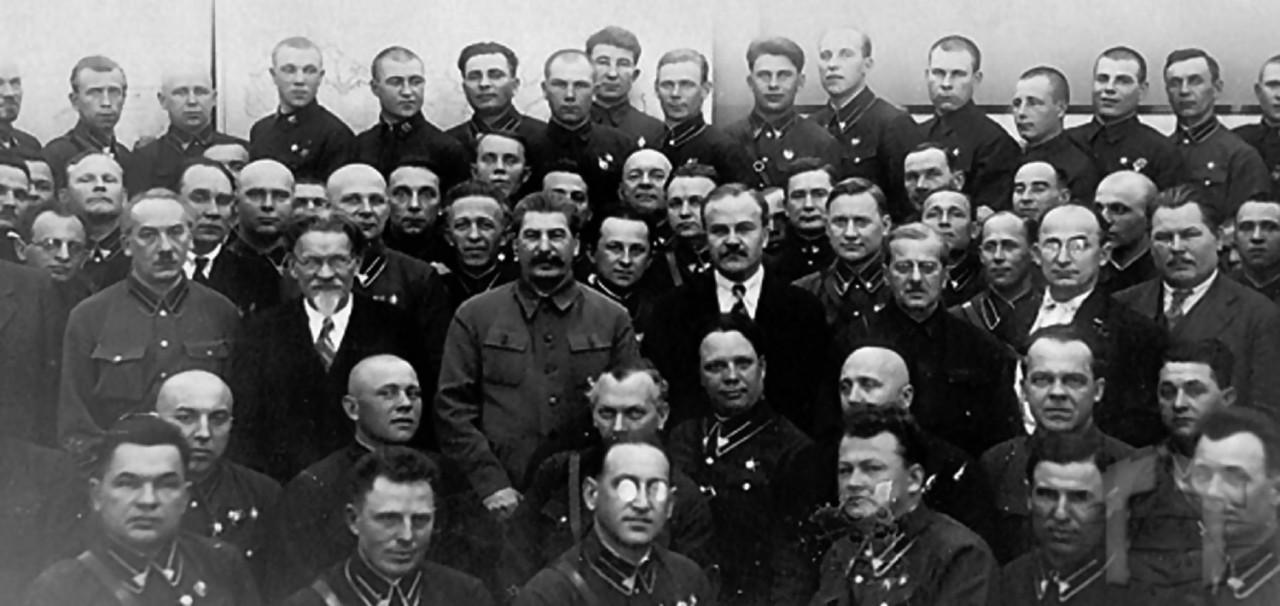 Сталинский террор в танковой…